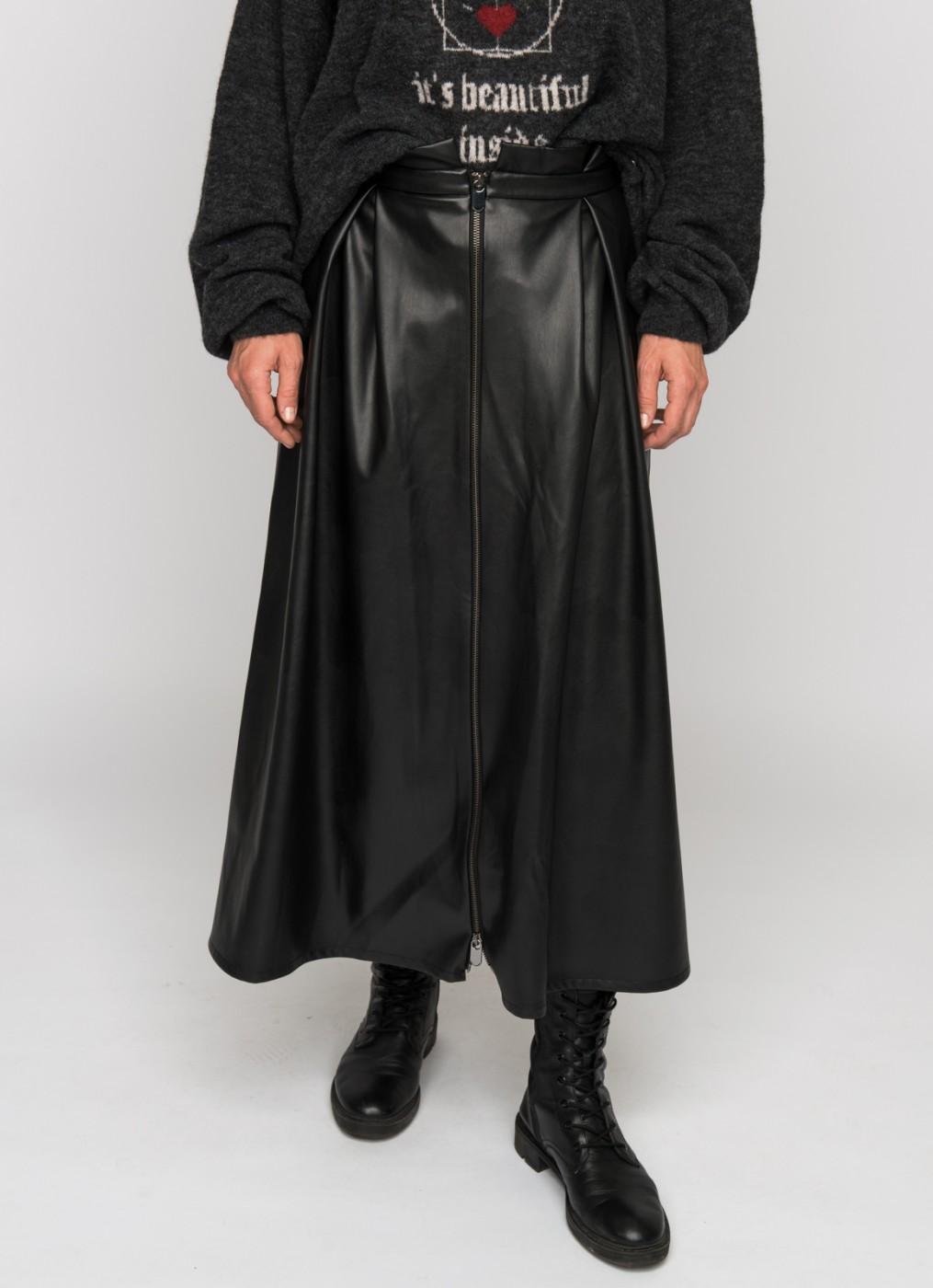ER Paige leatherette